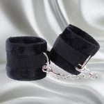 Fare L'Amore Captivated Soft Handcuffs (Black) Feature
